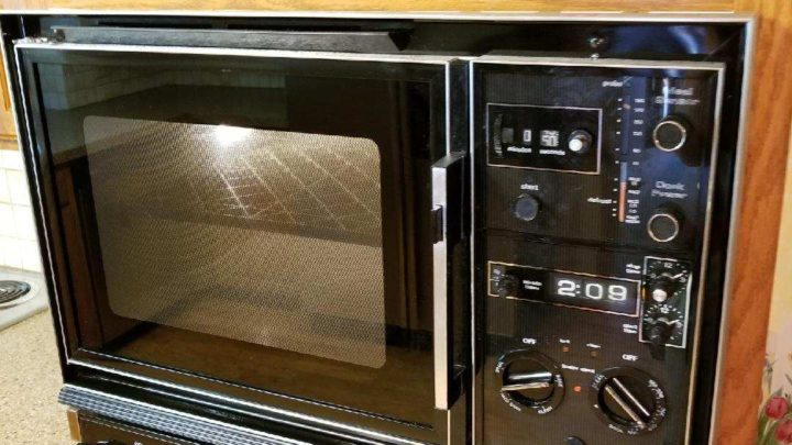 """Whirlpool aged microwave There is something to say about """"an oldy but goody"""""""